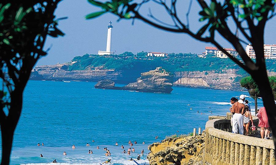 Phare sur la côte des Pays Basque