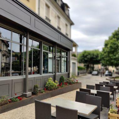 Une nouvelle salle de restaurant, café, terrasse en Aveyron